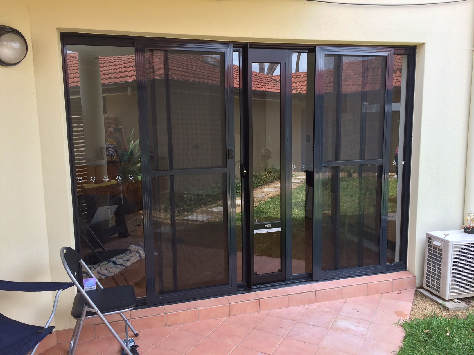 Double Sliding Door with Adaptor and Wheels on Bottom